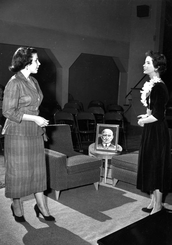 1952 First Lady b.tif