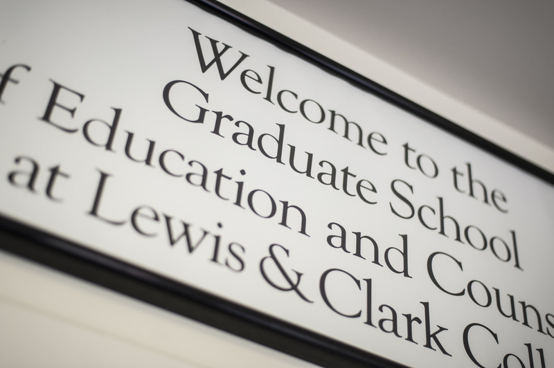 Weclome to the Graduate School sign.jpg