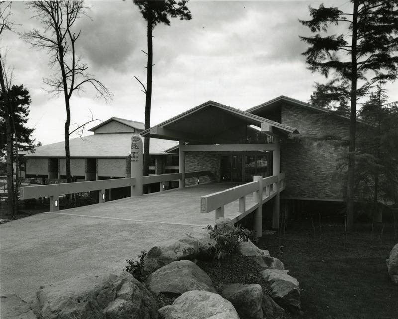 Watzek Library 10.tif