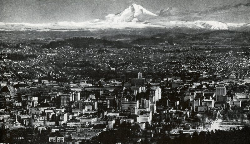 1941 Corsair published by the portland branch of albany college image of Portland and Mt Hood .jpg